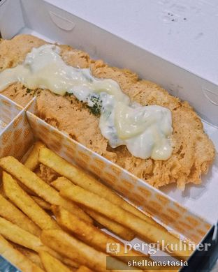 Foto 2 - Makanan(Fish n' Chips) di Fish Streat oleh Shella Anastasia