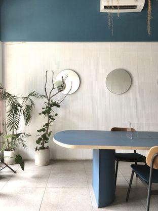 Foto 11 - Interior di Artikula Kopi oleh Prido ZH