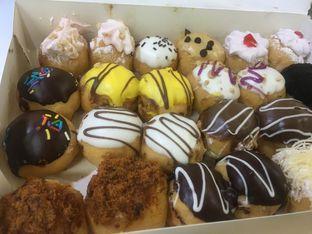 Foto 3 - Makanan di Country Style Donuts oleh yudistira ishak abrar