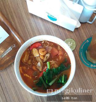 Foto 1 - Makanan di Bakmitopia oleh Selfi Tan