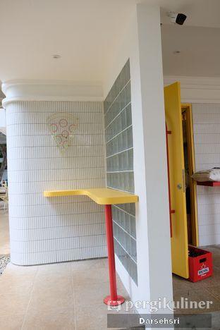 Foto 4 - Interior di One Eight Pizza Joint oleh Darsehsri Handayani