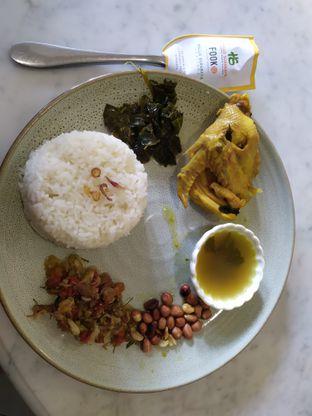 Foto 3 - Makanan(Nasi Ayam Betutu) di Hallo Surabaya Heritage oleh Shannaz Monica