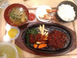 Foto 2 - Makanan(Hamburg Teisyoku) di Wateishoku Yamakawaya oleh Dwi Izaldi