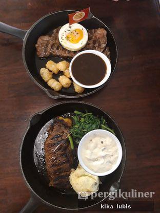 Foto 1 - Makanan di Steak Hotel by Holycow! oleh Kika Lubis