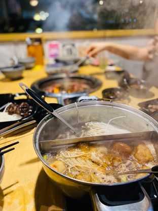 Foto 2 - Makanan di Shabu Jin oleh Maria Marcella