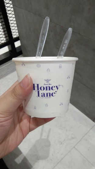 Foto 1 - Makanan di Honey Lane oleh Christine Lie #FoodCraverID