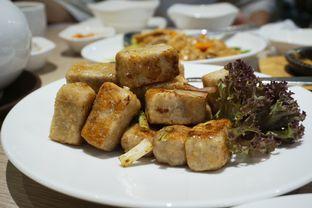 Foto 8 - Makanan(Stir Fried Yam) di PUTIEN oleh Elvira Sutanto