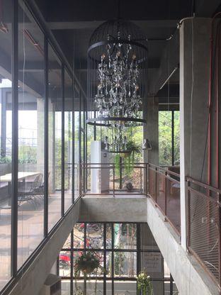Foto 5 - Interior(Lantai 2) di SOUL Drink & Dine oleh @Itsjusterr