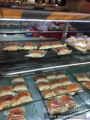 Foto review Holland Bakery oleh Suci Puspa Hagemi 6