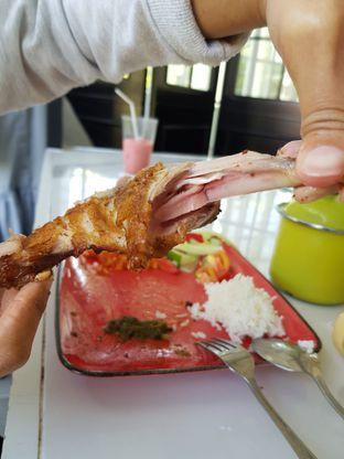 Foto 3 - Makanan di Aps3 Social Hub - Kampi Hotel oleh Amrinayu