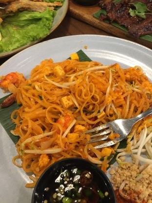 Foto 1 - Makanan(Pad Thai) di Thai Alley oleh San Der
