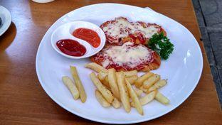 Foto 1 - Makanan(Chicken strips) di Kopi Selasar oleh Shabira Alfath