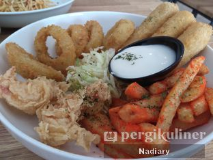 Foto 3 - Makanan(Appetizer Platter) di Fish Me oleh Nadia Sumana Putri