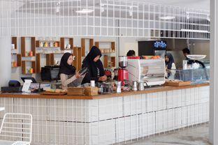 Foto 6 - Interior di Artwork Coffee Space oleh yudistira ishak abrar