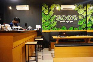 Foto 3 - Interior di Propertree Coffee oleh Prido ZH