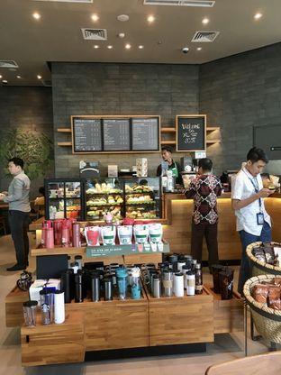 Foto review Starbucks Coffee oleh Prido ZH 3