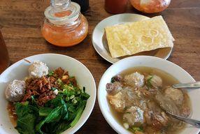 Foto Bakso So'Un & Mie Ayam Mojopahit