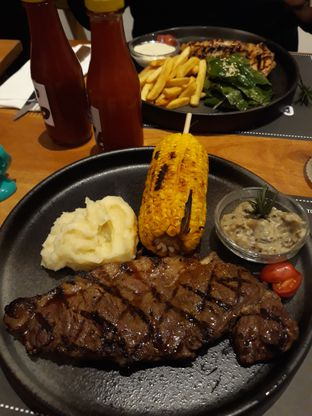Foto 2 - Makanan di Tokyo Skipjack oleh Mouthgasm.jkt