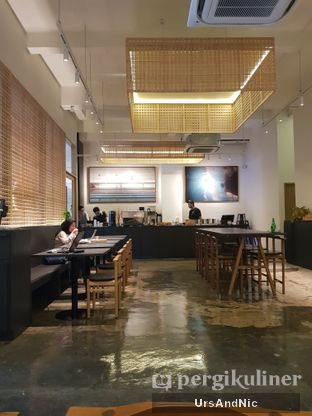 Foto 6 - Interior di 1/15 One Fifteenth Coffee oleh UrsAndNic