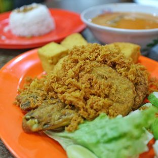 Foto - Makanan(Ayam Goreng Kalasan) di Ayam Goreng Kalasan Borobudur oleh dk_chang