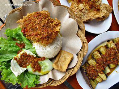 Ayam Goreng Nelongso Setiabudhi Bandung Lengkap Menu Terbaru Jam Buka No Telepon Alamat Dengan Peta