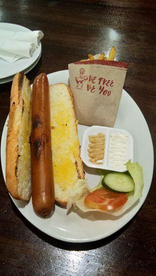 Foto 4 - Makanan(jumbo grilled hotdog) di Hog Wild with Chef Bruno oleh Komentator Isenk