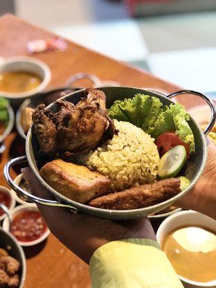 Foto review Ayam Bebek Angsa Masak Di Kuali oleh kulineran_koko 4