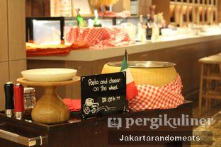 Foto 11 - Interior di Sapori Deli - Fairmont Jakarta oleh Jakartarandomeats