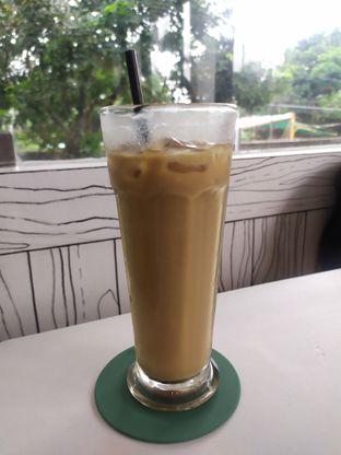 Foto 1 - Makanan(Es kopi Gula aren) di Kiila Kiila Cafe oleh arief Firmansyah