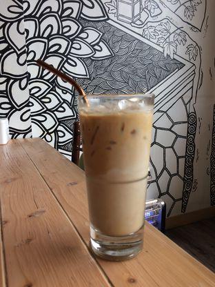 Foto 2 - Makanan(Ice Cafe Latte) di Kohicha Cafe oleh Elvira Sutanto