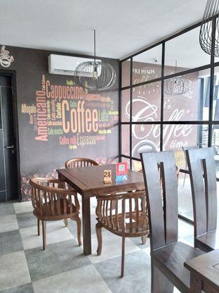 Foto review D'Juntos Coffee n' Kitchen oleh Prido ZH 30