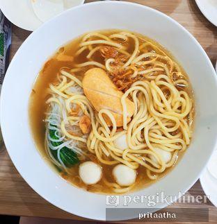 Foto 1 - Makanan(Madam's Chang Noodle Sup) di Madame Chang oleh Prita Hayuning Dias