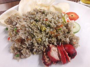 Foto 1 - Makanan di Cardamom Bistro - MaxOne Hotel oleh muyeahs