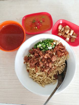 Foto 4 - Makanan di Bakmi Medan Kebon Jahe oleh Louis Edward