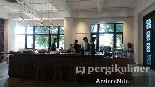 Foto 6 - Interior di Crematology Coffee Roasters oleh AndaraNila