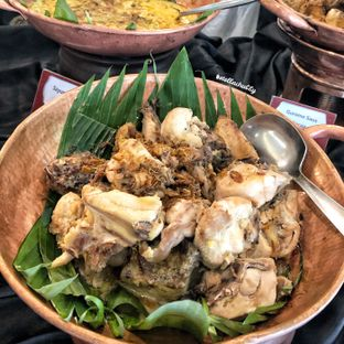 Foto 15 - Makanan(Opor ayam) di Canting Restaurant - Teraskita Hotel managed by Dafam oleh Stellachubby