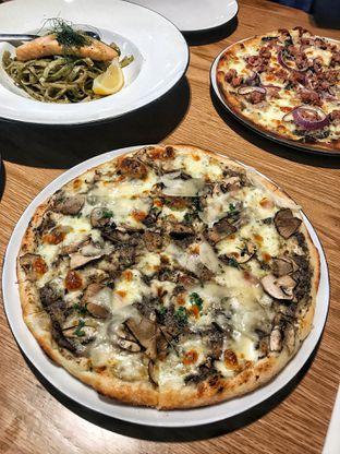 Foto 1 - Makanan di Pizza Marzano oleh Valenie Kosiady | IG: eyesbellytoes