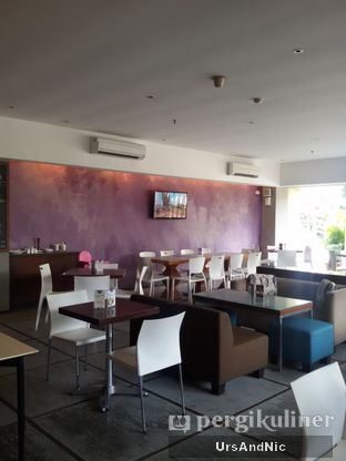 Foto 8 - Interior di Soeryo Cafe & Steak oleh UrsAndNic