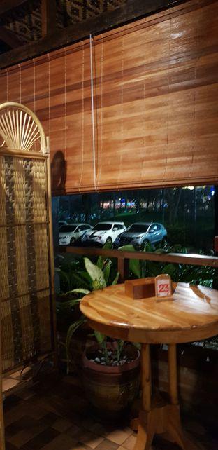 Foto 1 - Interior di Waroeng SS oleh Meri @kamuskenyang