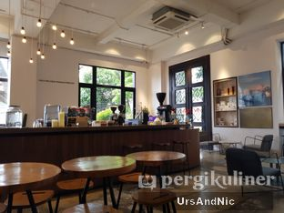 Foto 8 - Interior di Crematology Coffee Roasters oleh UrsAndNic