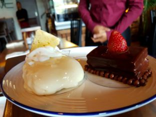 Foto 9 - Makanan(markisa cake) di Sale Italian Kitchen oleh Agustinus Tjandrapurnama