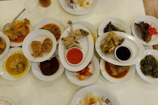 Foto 2 - Makanan(Aneka Masakan Padang) di Restoran Simpang Raya oleh Chrisilya Thoeng
