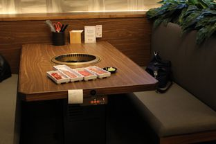 Foto 10 - Interior di Shaburi & Kintan Buffet oleh YSfoodspottings