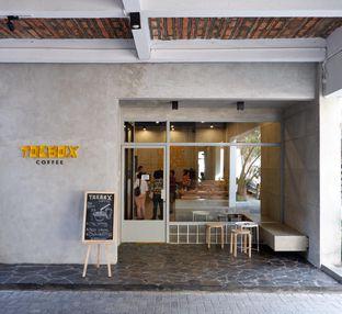 Foto 5 - Interior di Toebox Coffee oleh yudistira ishak abrar