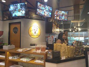 Foto 9 - Interior di Aming Coffee oleh yeli nurlena