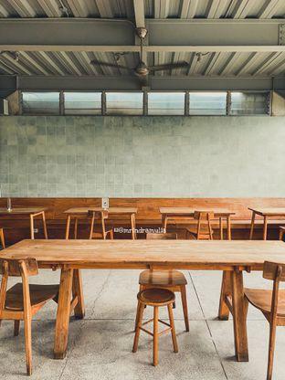 Foto 6 - Interior di Warung Nako oleh Indra Mulia