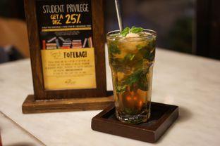 Foto 6 - Makanan(Lychee and Basil Ice Tea) di Miss Bee Providore oleh Fadhlur Rohman