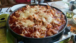 Foto 8 - Makanan(Cheese buldak) di Chung Gi Wa oleh Komentator Isenk