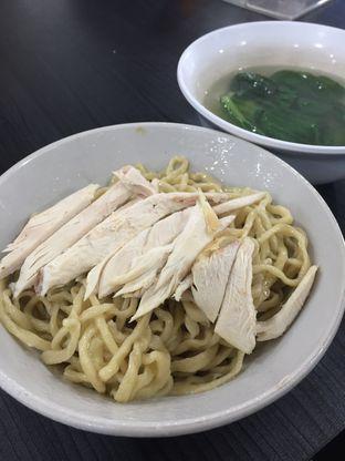 Foto 1 - Makanan di Mie Ayam Abadi oleh Marsha Sehan