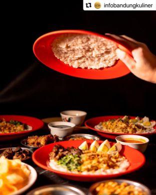 Foto 2 - Makanan di Bubur Ayam Mang H. Oyo oleh Nandini Juanita